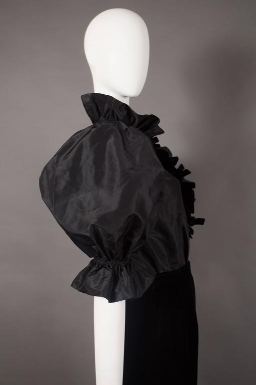 Yves Saint Laurent silk taffeta and velvet evening ensemble, circa 1977-78 In Excellent Condition For Sale In London, GB