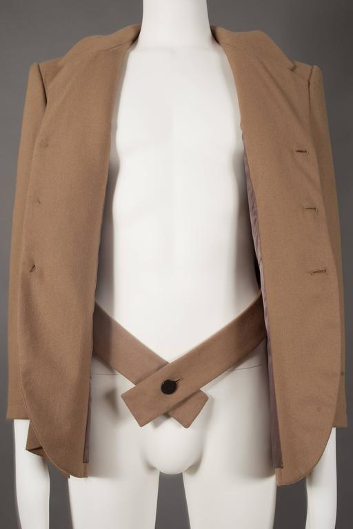 Yohji Yamamoto POUR HOMME camel pleated blazer, circa 1984-87 In Good Condition For Sale In London, GB