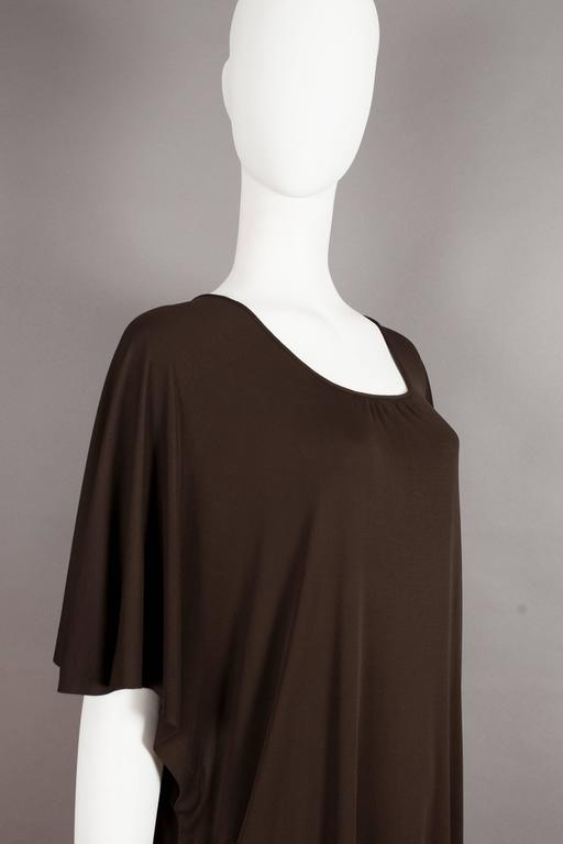 Yves Saint Laurent chocolate brown silk jersey caftan, circa 1970s In Excellent Condition For Sale In London, GB