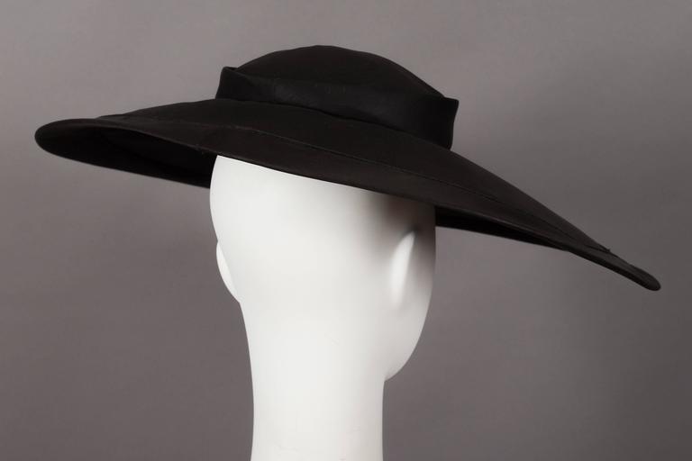 757c18ca5889 Christian Dior 'New Look' silk organza saucer hat, circa 1947 at 1stdibs