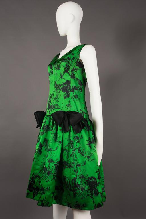 Paul Daunay drop waist silk cocktail dress, circa 1952-57 In Excellent Condition For Sale In London, GB