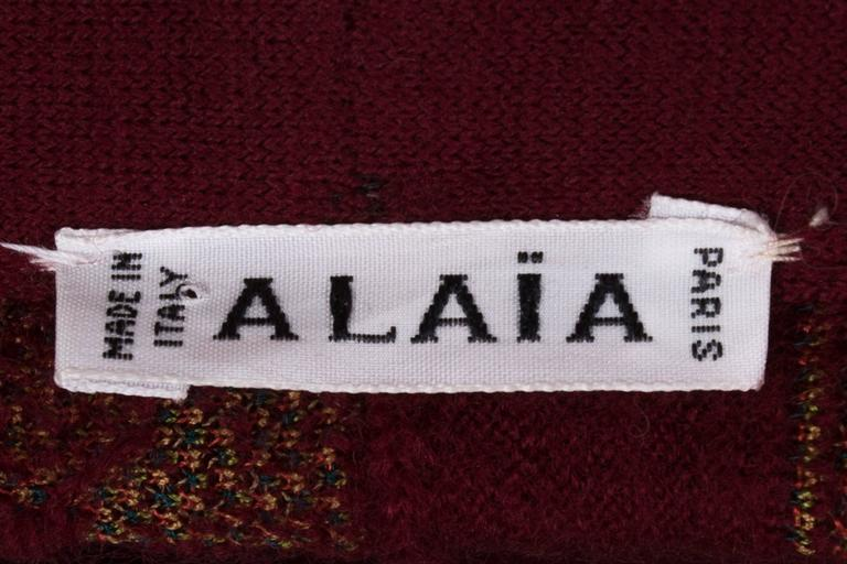 Alaia rouge embroidered knitted skirt, circa 1999 For Sale 3