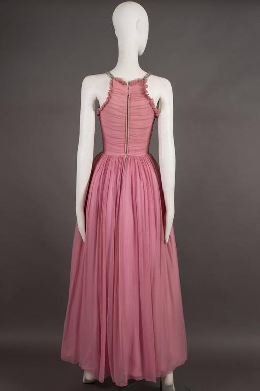 Couture baby pink silk chiffon evening gown with rhinestones, circa early 1940s  In Excellent Condition For Sale In London, GB