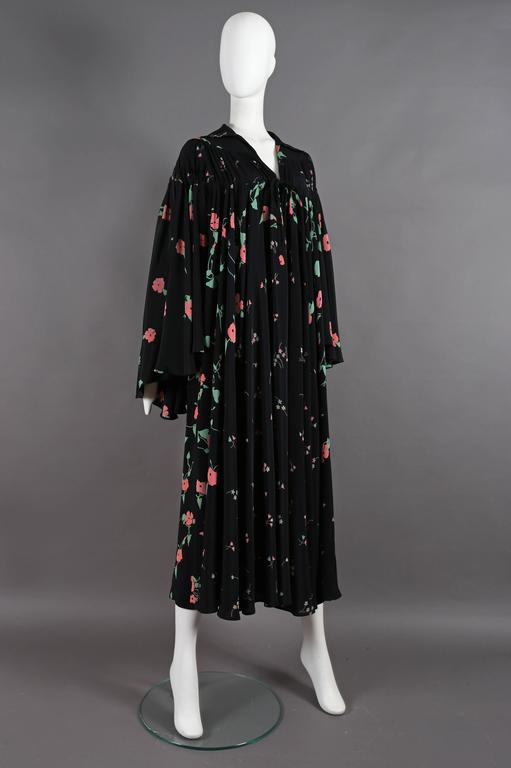 Ossie Clark 'Busy Lizzie' Angel Dress With Celia Birtwell print, circa 1972 3