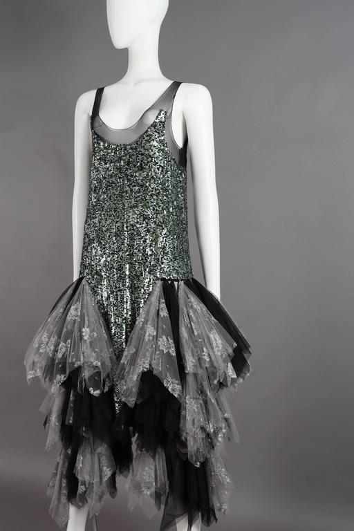 Alexander McQueen sequined flapper dress with tulle skirt, circa 2001 In Excellent Condition For Sale In London, GB