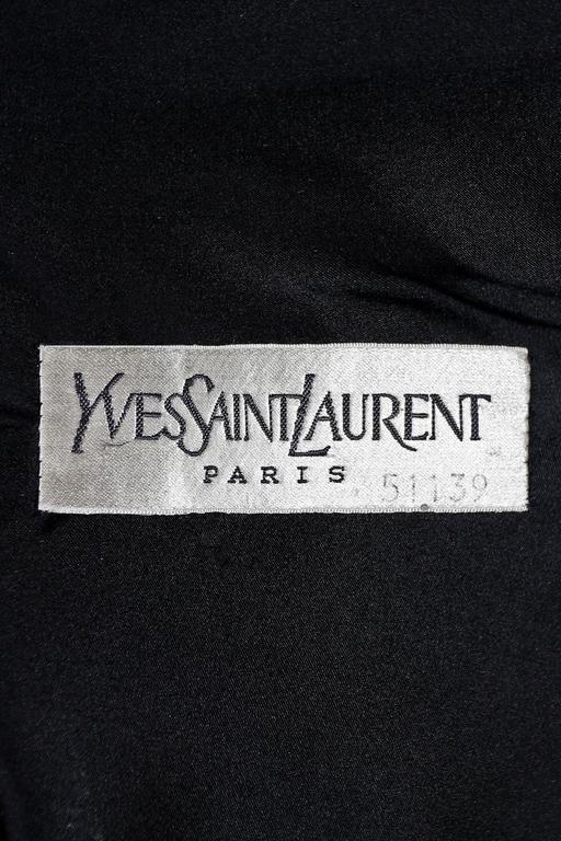 Yves Saint Laurent Haute Couture black velvet cocktail dress, circa 1981 For Sale 3