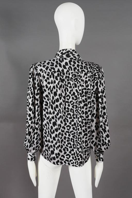 Yves Saint Laurent leopard print pussy bow silk blouse, circa 1970s For Sale 2
