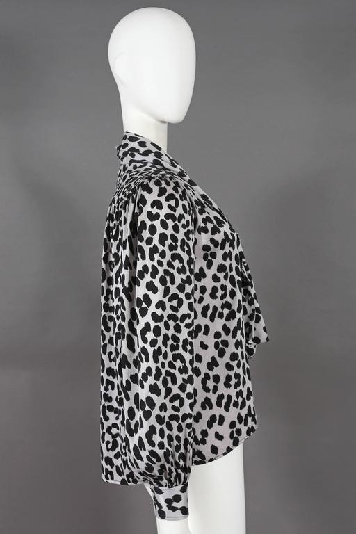 Yves Saint Laurent leopard print pussy bow silk blouse, circa 1970s For Sale 1