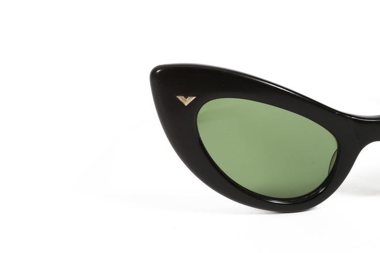 Women's black cat eye sunglasses, circa 1950s For Sale