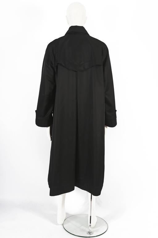 Issey Miyake Mens oversized windcoat, circa 1990s For Sale 2