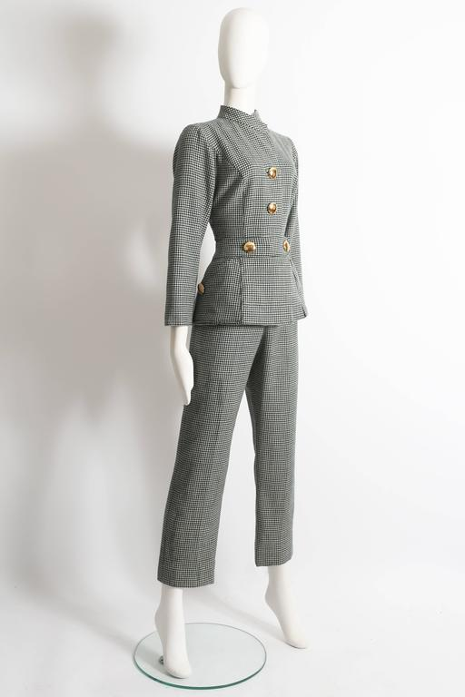 houndstooth wool peplum jumpsuit, circa 1960s In Good Condition For Sale In London, GB