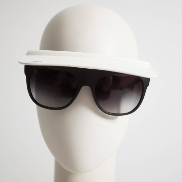 Chanel Visor Sunglasses, circa 2014 In Excellent Condition For Sale In London, GB