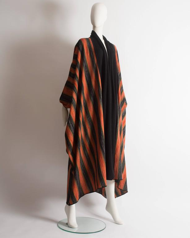 Issey Miyake striped knitted robe, circa 1976 In Excellent Condition For Sale In London, GB