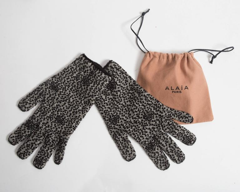 Alaia knitted sweater dress, leggings and gloves ensemble  For Sale 4