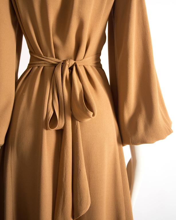 Ossie Clark caramel moss crepe mandarin collared dress, Circa 1970 For Sale 3