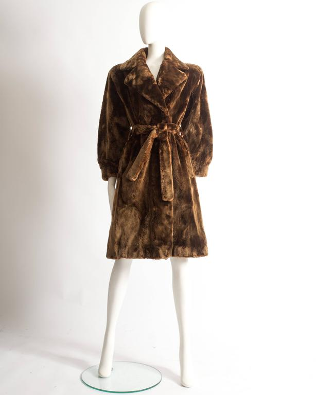 Yves Saint Laurent Haute Couture sheared beaver fur coat, AW 1985 In Good Condition For Sale In London, GB