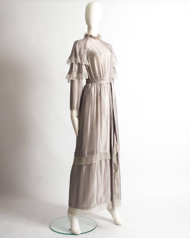 Gray Tan Giudicelli raw silk evening dress with lace trim, circa 1970s For Sale