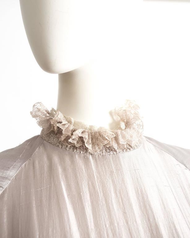 Women's Tan Giudicelli raw silk evening dress with lace trim, circa 1970s For Sale
