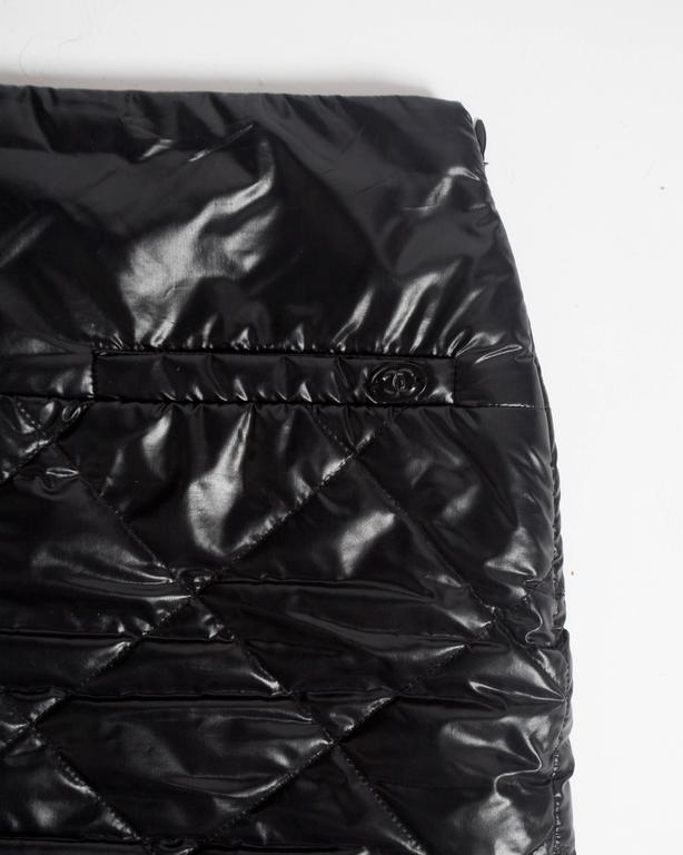 Chanel quilted nylon mini skirt, circa 2006 In Excellent Condition For Sale In London, GB