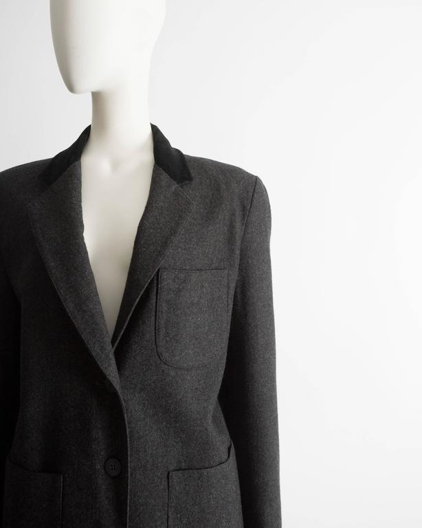Alaia plus sized charcoal gray wool pant suit with velvet collar, AW 1987 In Excellent Condition For Sale In London, GB