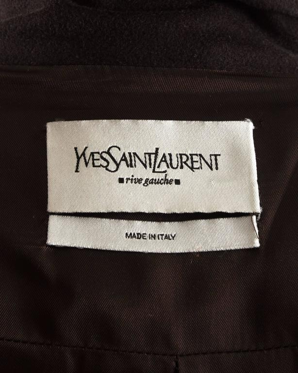 Yves Saint Laurent by Tom Ford autumn-winter 2001 brown wool military coat For Sale 4