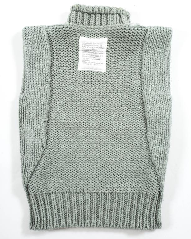 Margiela Autumn-Winter 1994 reproduction of a doll's sweater vest 4