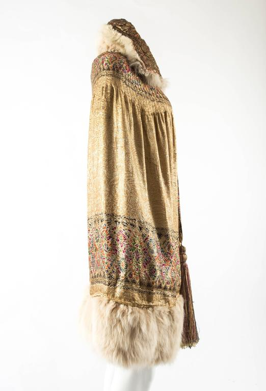 1920s Gold Lam 233 Evening Cape With Fox Fur Trim For Sale At