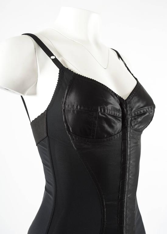 Dolce & Gabbana Spring-Summer 2003 black corset evening dress In Excellent Condition For Sale In London, GB