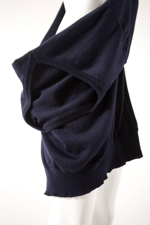 Maison Martin Margiela Spring-Summer 1995 navy blue knitted sweater sack bag  In Excellent Condition For Sale In London, GB