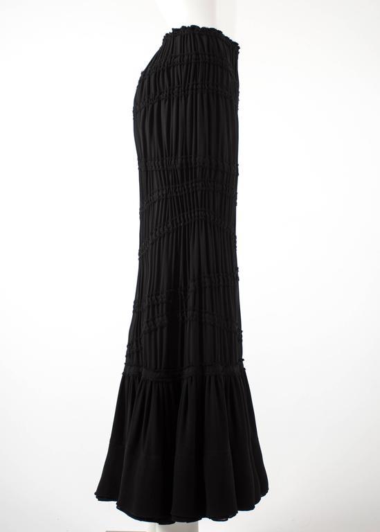 Women's Tom Ford for Yves Saint Laurent Autumn-Winter 2001 black pleated maxi skirt For Sale