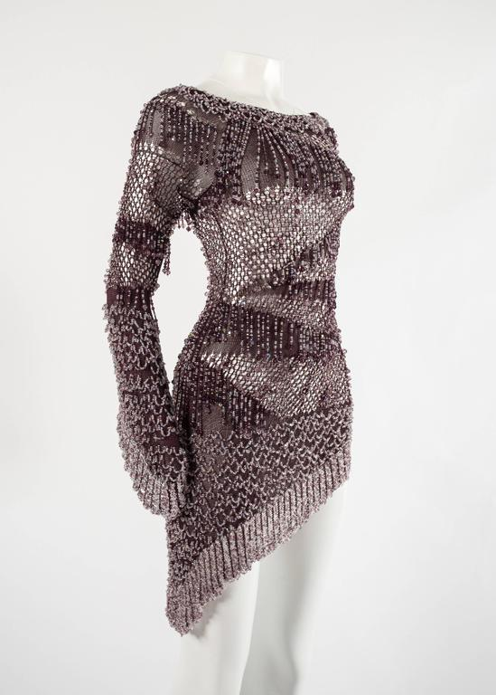 Julien Macdonald Autumn-Winter 2004 purple beaded knitted mini dress In Excellent Condition For Sale In London, GB