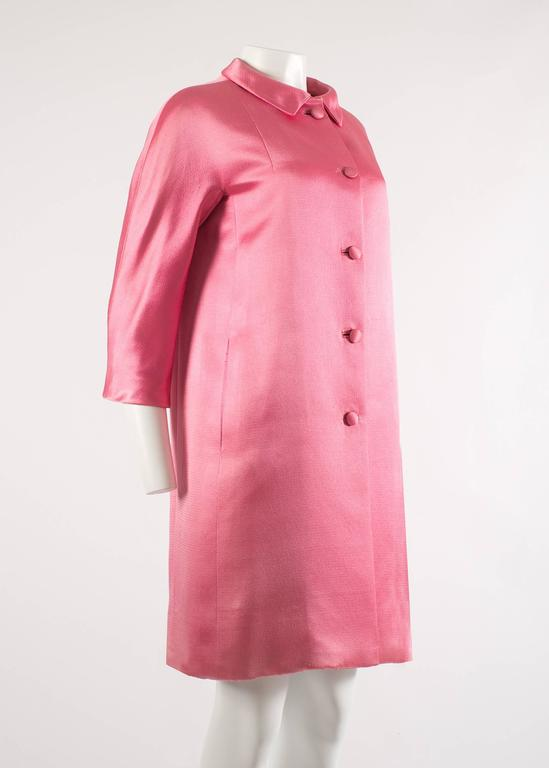 Balenciaga 1963 Haute Couture hot pink silk evening coat 4