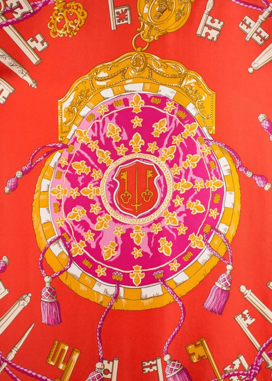 Hermes red Giant Silk Scarf with 'Les Cles' print In Excellent Condition For Sale In London, GB
