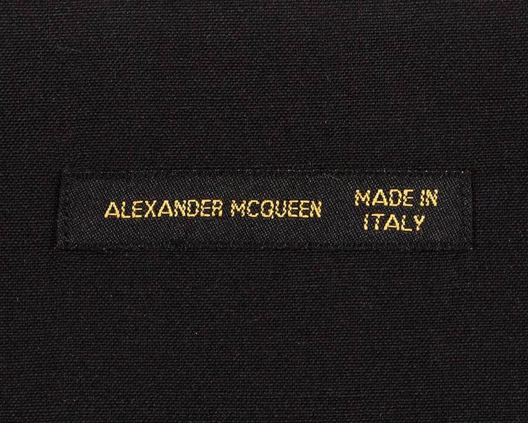 Alexander McQueen Spring-Summer 2001 embroidered bustier  10