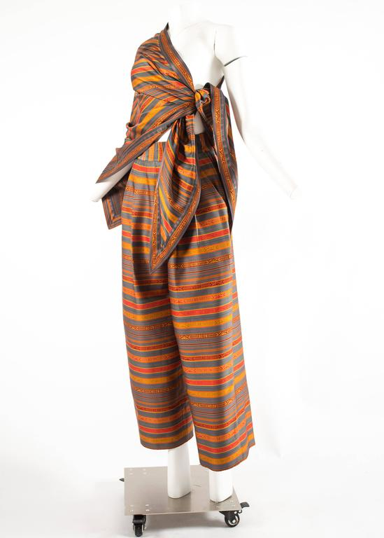 Romeo Gigli for Callaghan Spring-Summer 1991 silk pant and shawl ensemble In Excellent Condition For Sale In London, GB