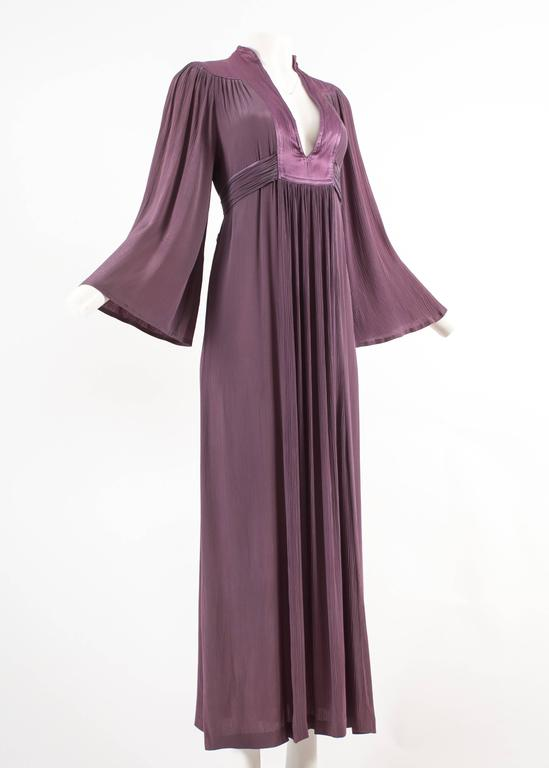 Ossie Clark 1970 pleated purple evening dress In Good Condition For Sale In London, GB