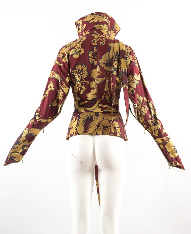 Vivienne Westwood Autumn-Winter 2002 brocade bondage evening jacket  In Good Condition For Sale In London, GB