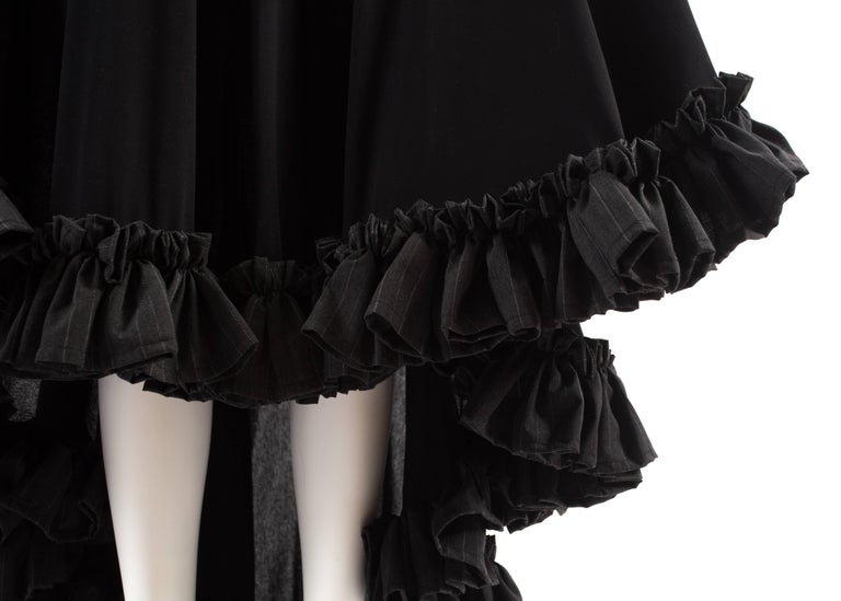 Yohji Yamamoto Spring-Summer 1999 black cotton evening dress with ruffles  For Sale 2