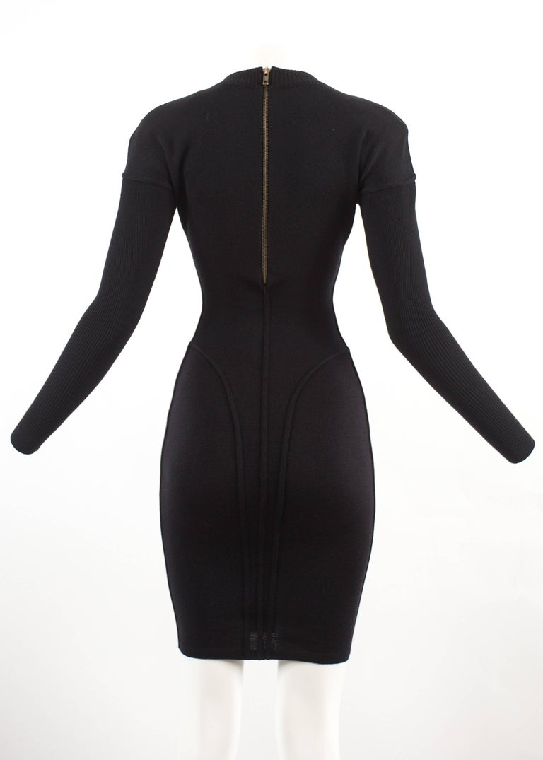 Alaia Autumn-Winter 1986 black knitted body con dress For Sale 2
