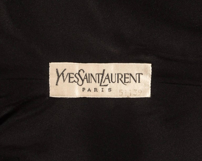 Women's Yves Saint Laurent Haute Couture Autumn-Winter 1981 black velvet cocktail dress For Sale
