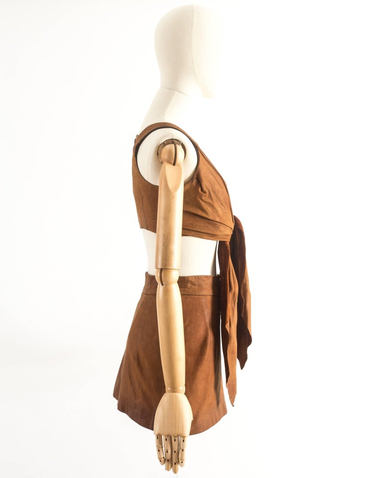 Women's Vivienne Westwood Spring-Summer 1992 brown leather corset and mini skirt  For Sale