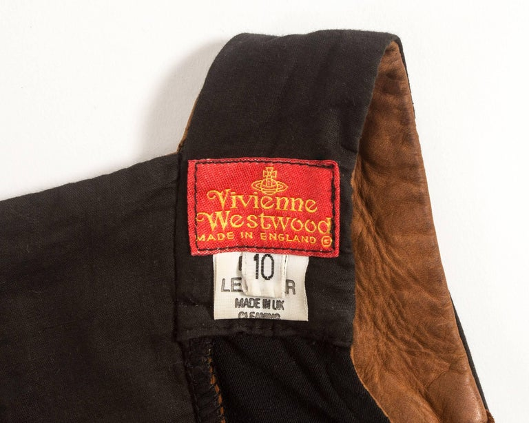 Vivienne Westwood Spring-Summer 1992 brown leather corset and mini skirt  For Sale 1