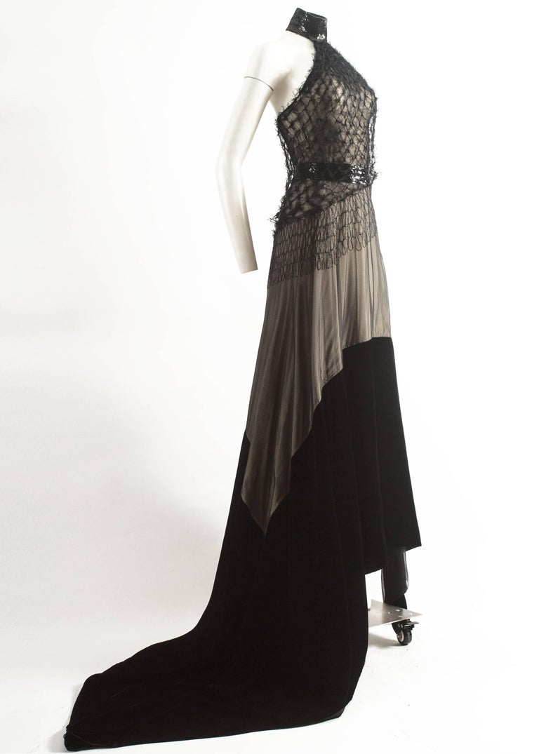 Black Gianfranco Ferre Autumn-Winter 1999 halter neck evening gown with velvet train For Sale