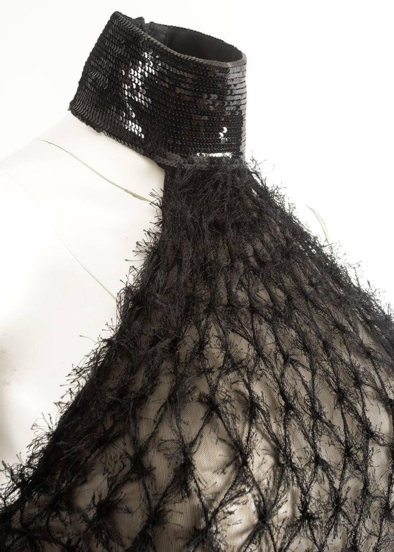 Gianfranco Ferre Autumn-Winter 1999 halter neck evening gown with velvet train 4