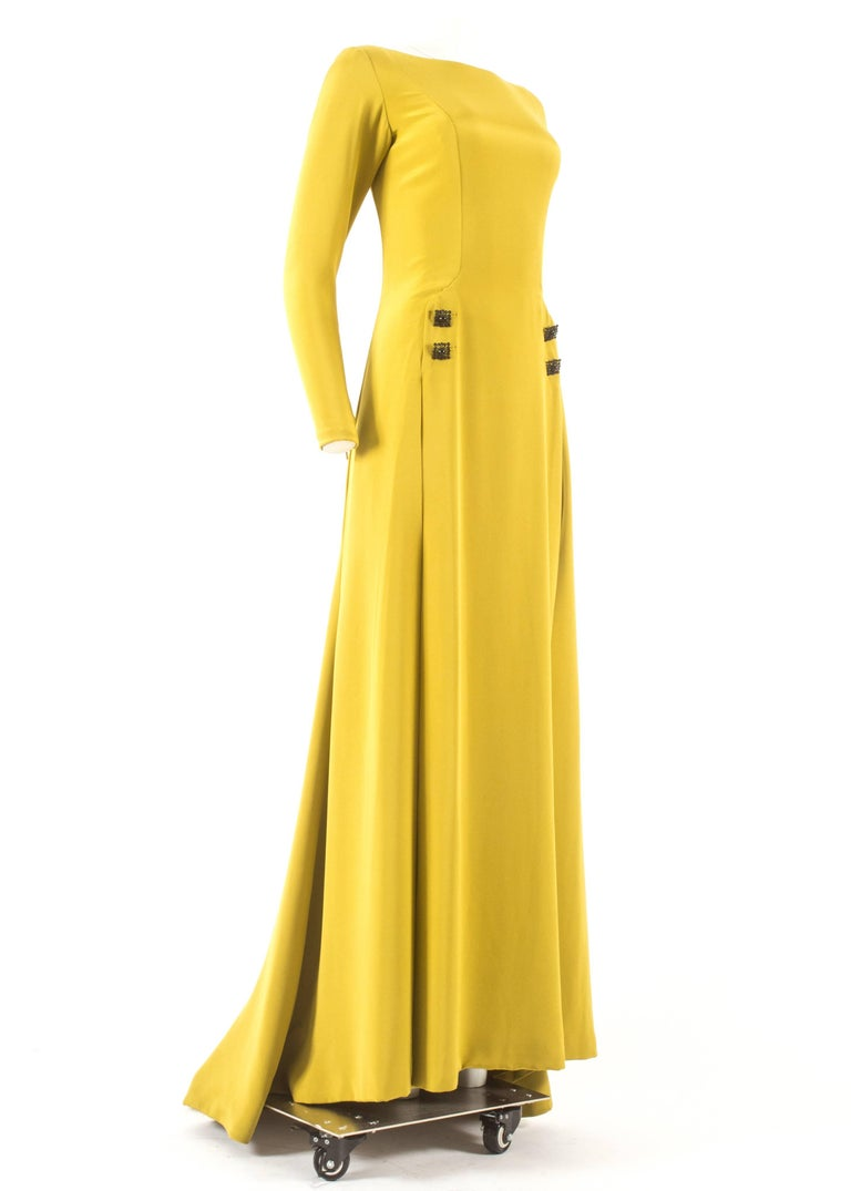 Gerald Watelet Autumn-Winter 2003 Couture evening dress with thigh high slits 5