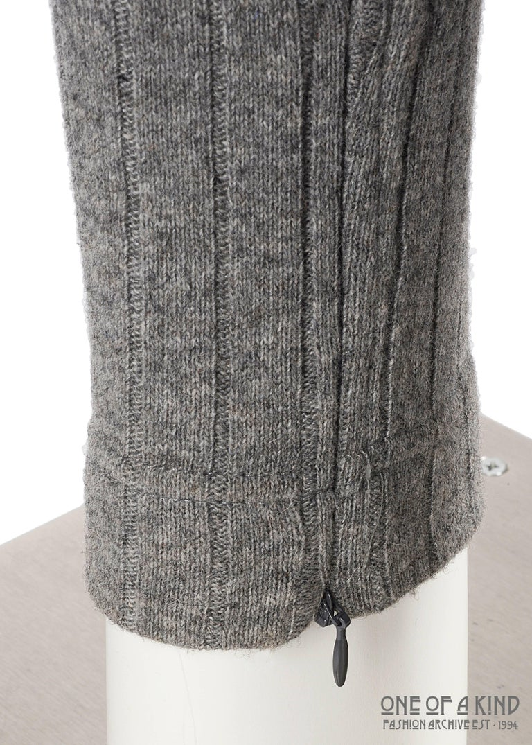 Dolce & Gabbana grey wool ribbed knit high waisted leggings  In Excellent Condition For Sale In London, GB