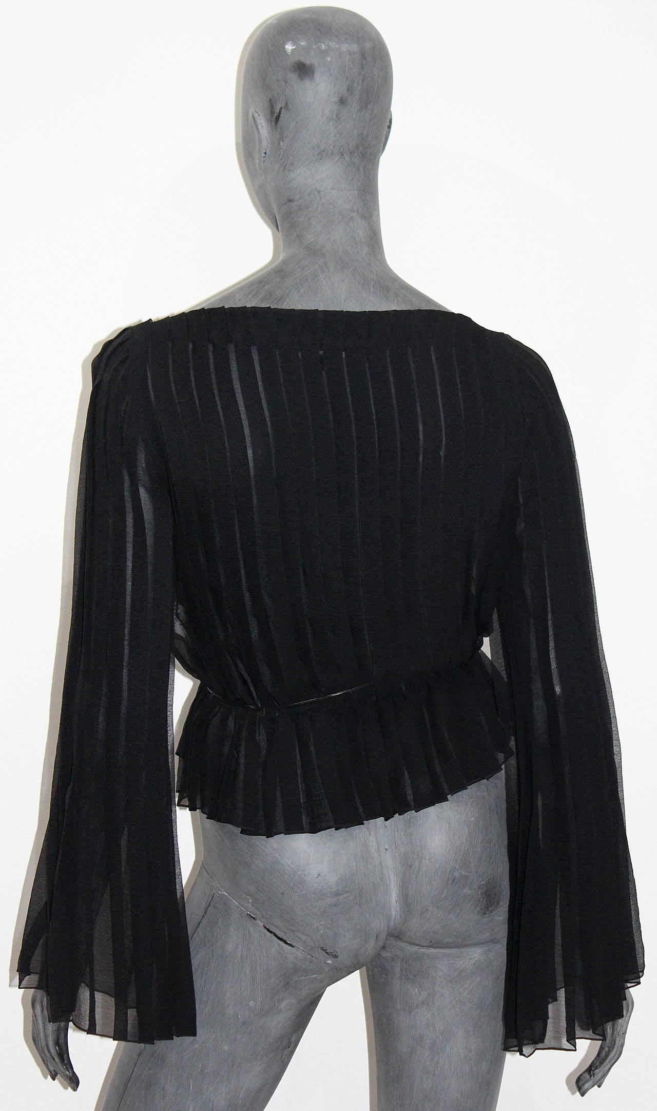 Tom Ford for Gucci Pleated Silk Chiffon Blouse For Sale 1