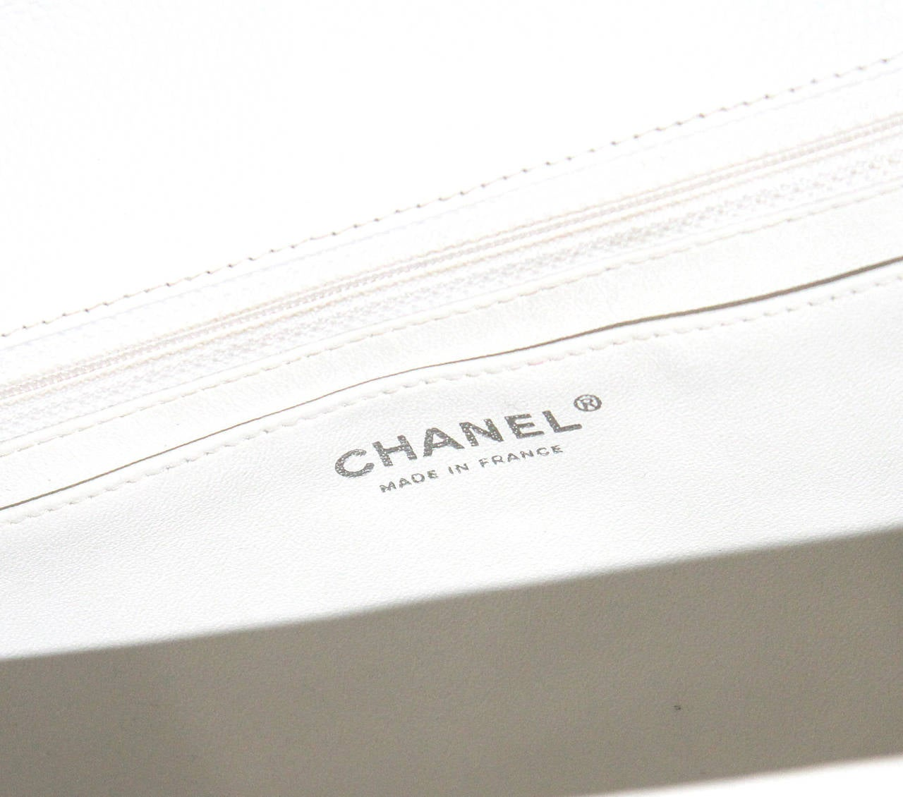 Chanel White Jumbo Caviar Classic Quilted Flap bag CIRCA 2010 5