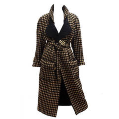 1980s Chanel houndstooth tweed trench coat