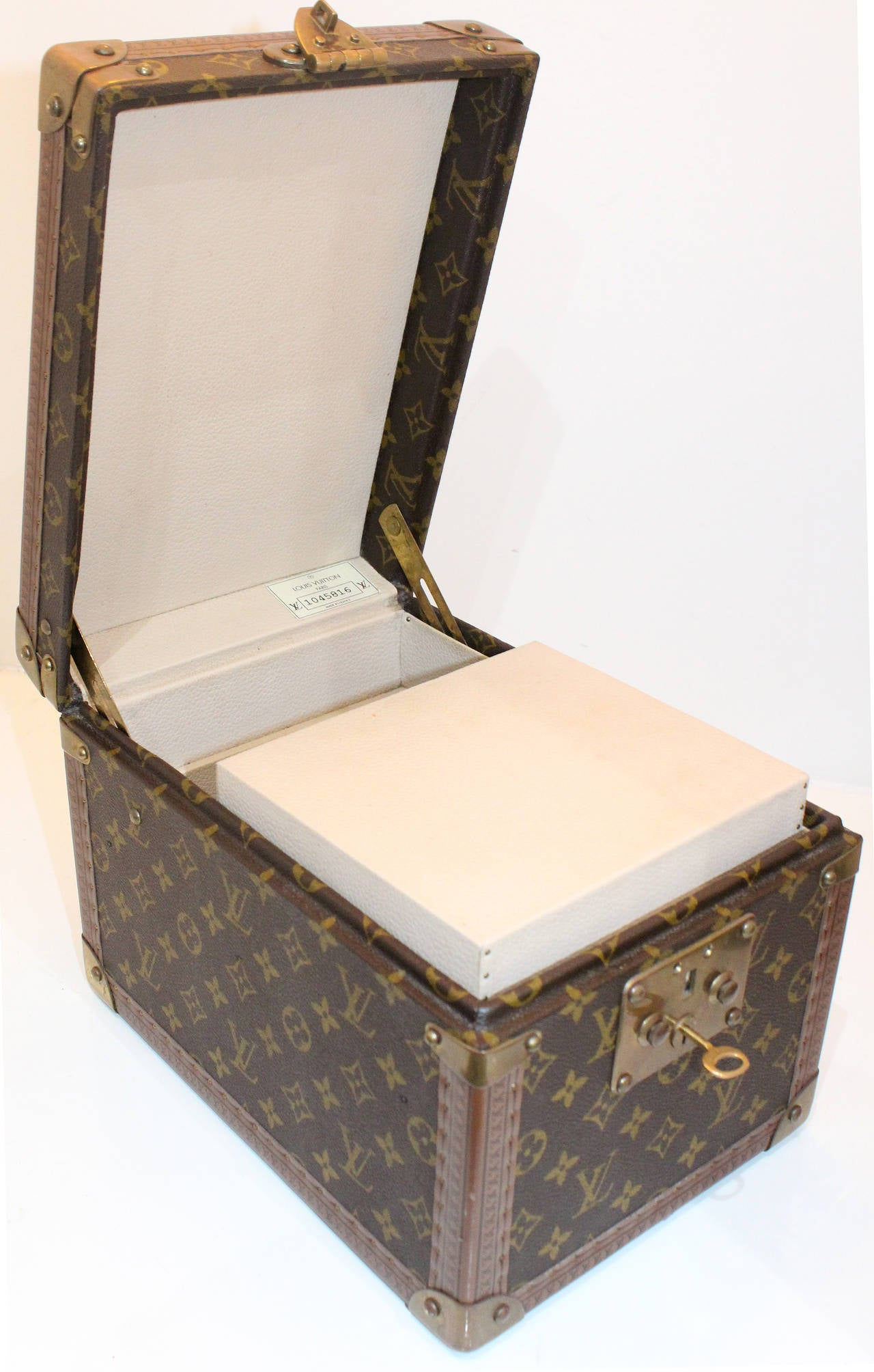 A Vintage Louis Vuitton Monogram Beauty Box For Sale at 1stdibs
